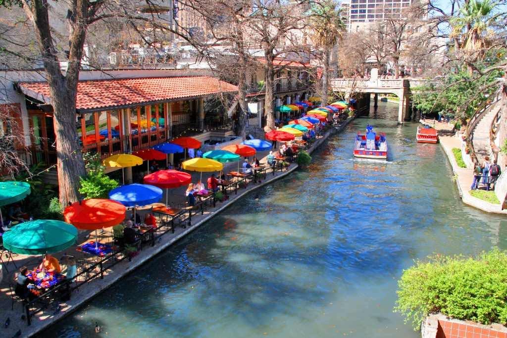 San Antonio River Walk.