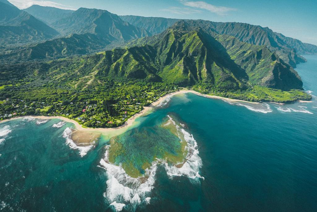 aerial view of Hawaii coastline.