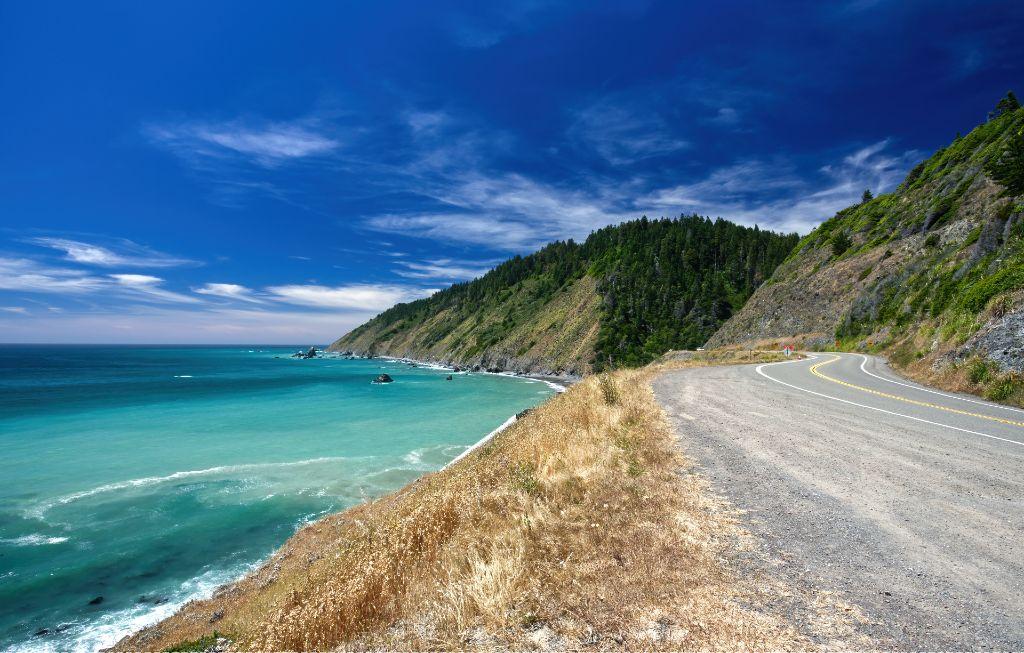 coastal drive in Mendocino, California