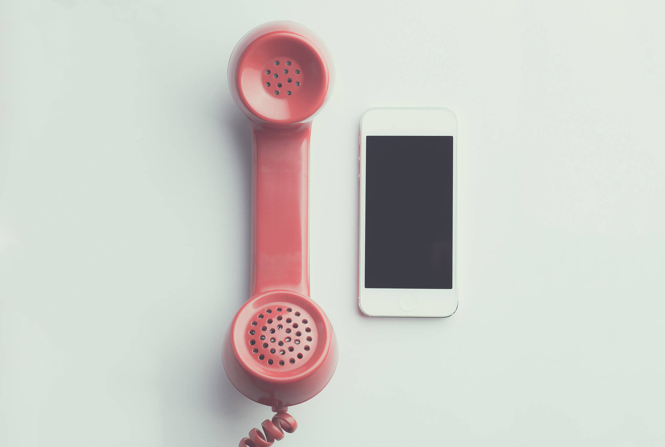 Understanding the Differences Between Call Answering Services: IVR, Live Agents, and Call Centers