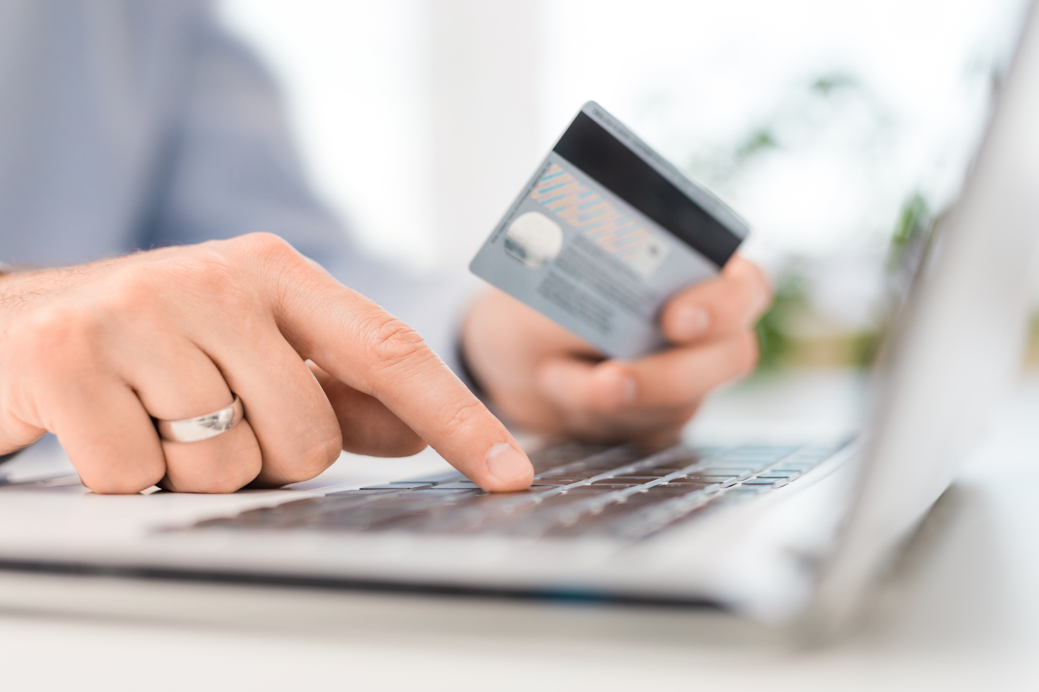 Top 10 Online Payment & Billing Solutions for E-Commerce or Retail Shops