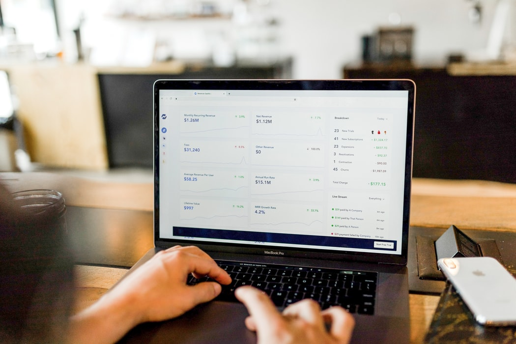 The Top 10 Online Payment & Billing Solutions for Consultants: Get Paid Faster and Spend Less Time on Billing with These Free and Cheap Tools