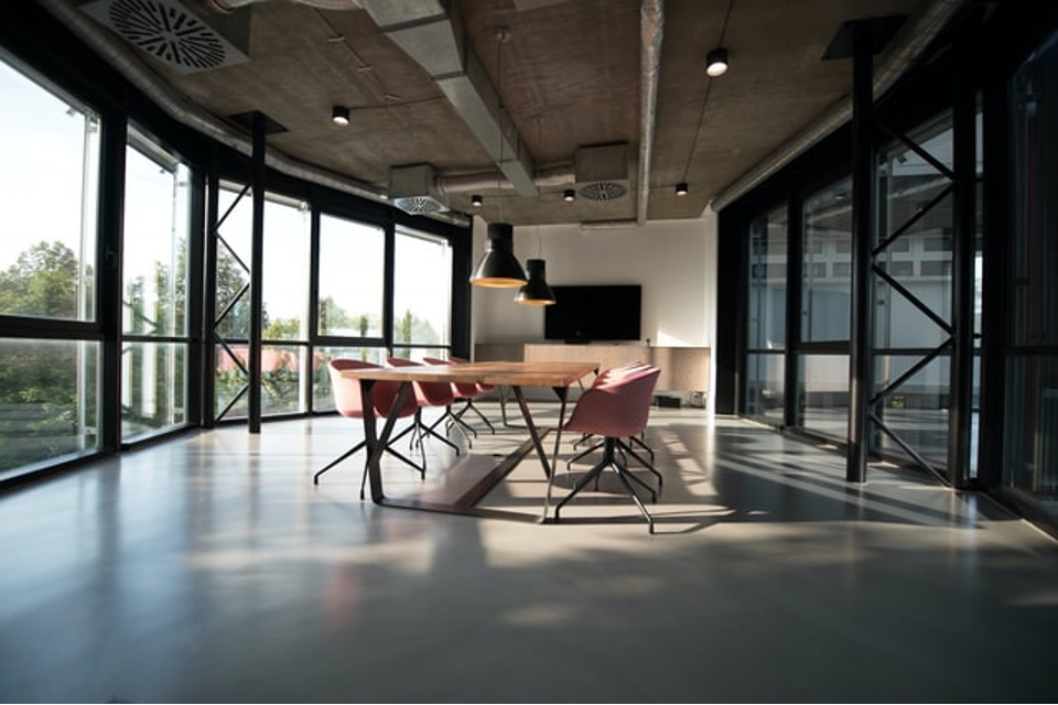 How to Pick the Right Office Space for Your Business, Whether You Lease, Buy, or Go Virtual
