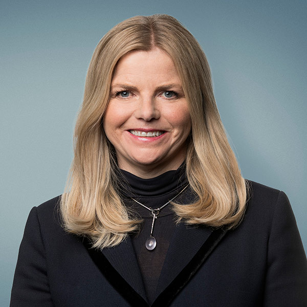 Helga Valfells