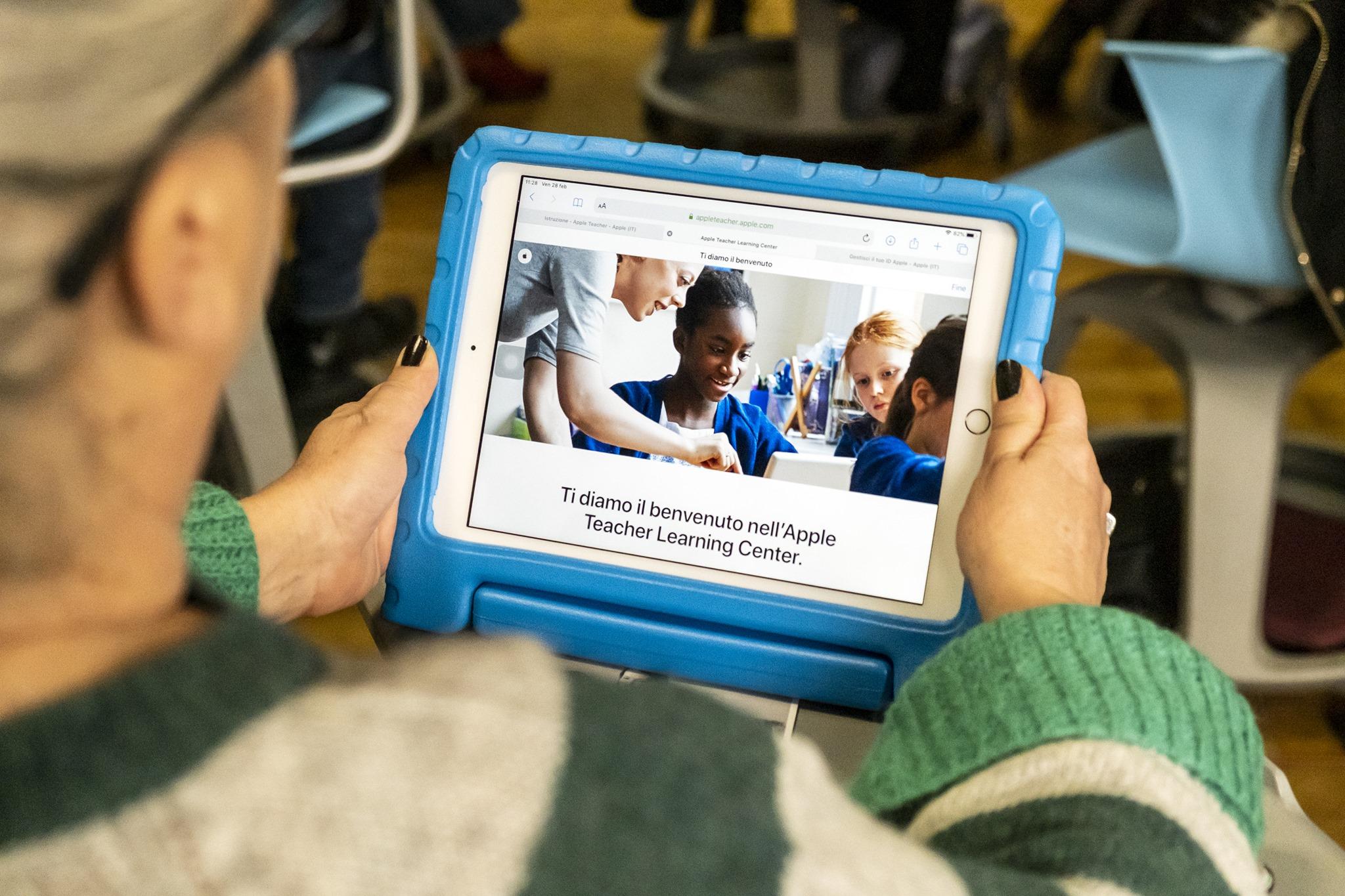 Iscriviti ad Apple Teacher e ottieni l'accesso gratuito ai webinar di Pearson!