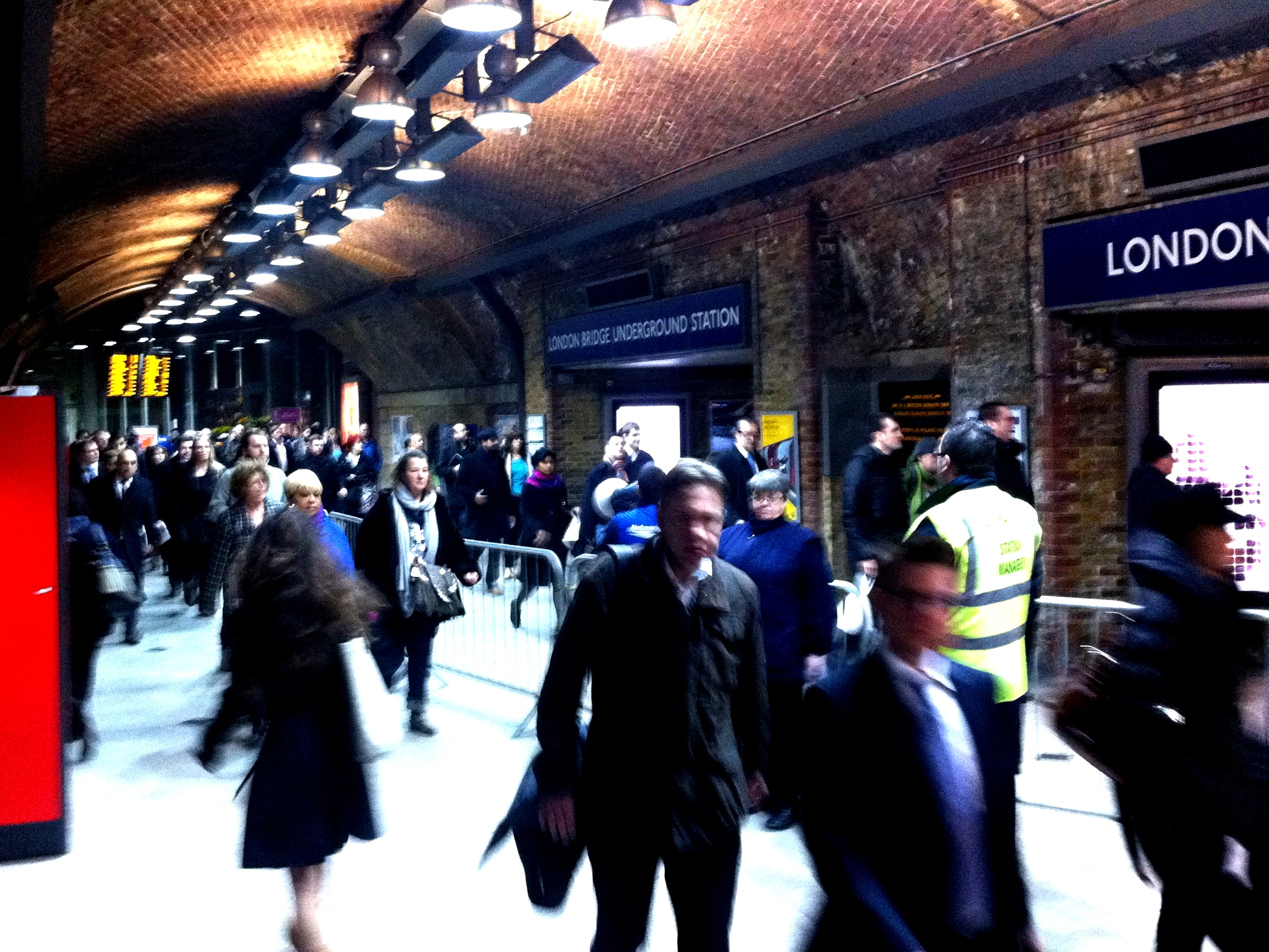 People movement in London Bridge Underground Station