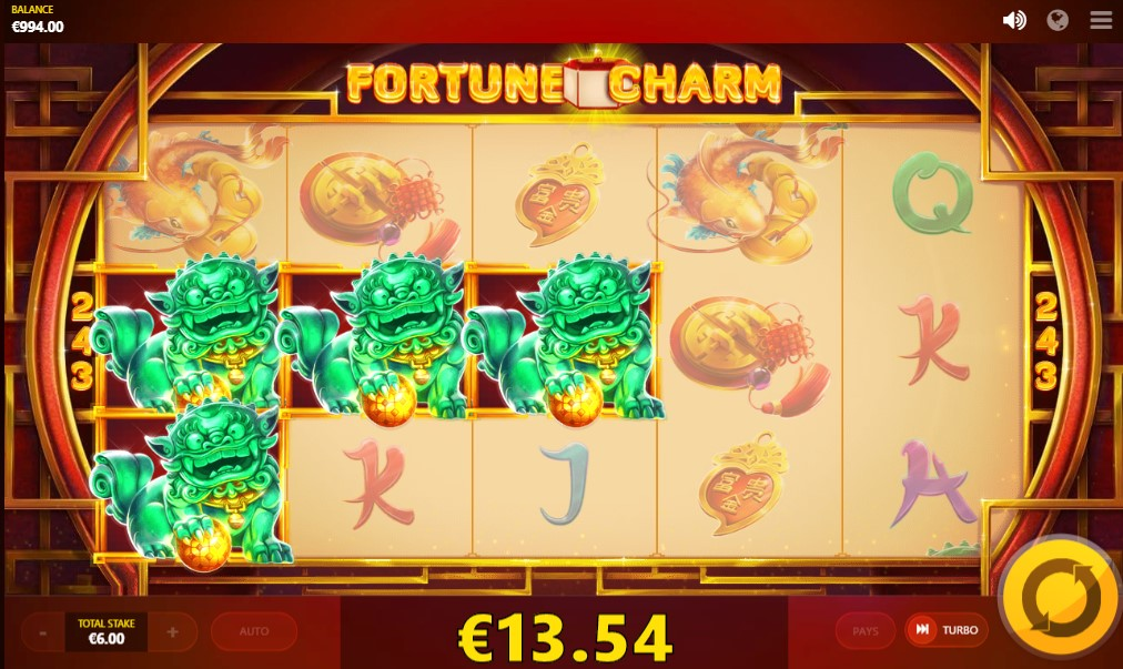 Fortune Charm Slot gameplay