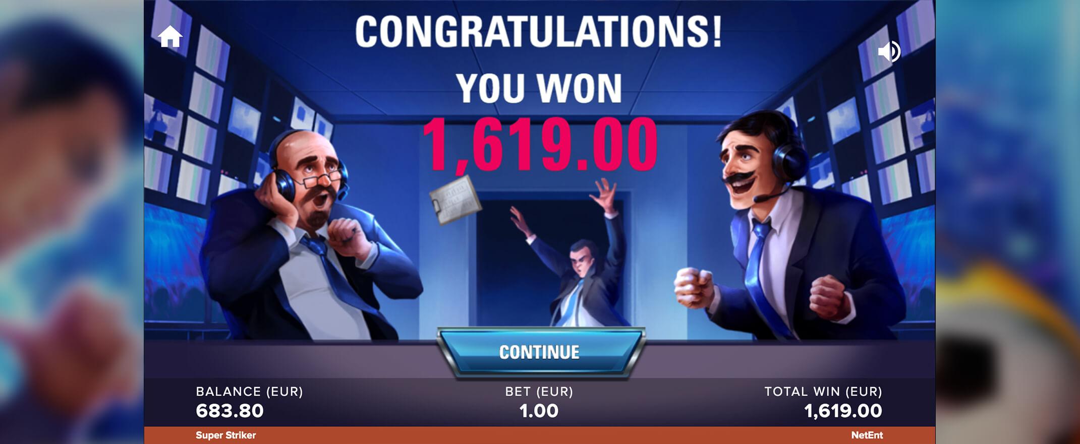 Super Striker Slot Gameplay