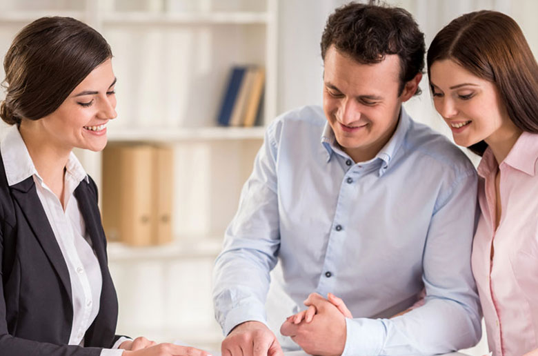 Couple establishing what they need to know before they sign a commercial lease