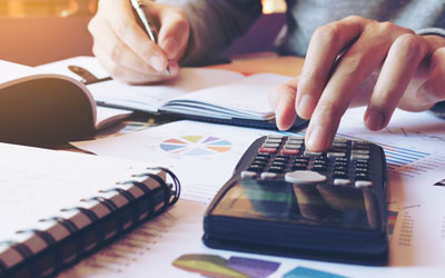 Financial advice for signing a commercial lease