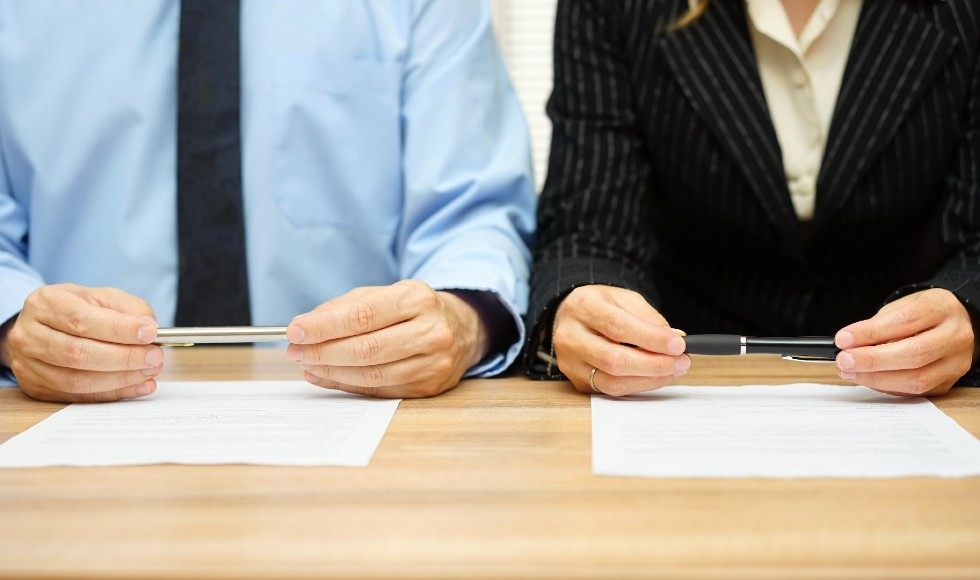 couple in business preparing to divorce