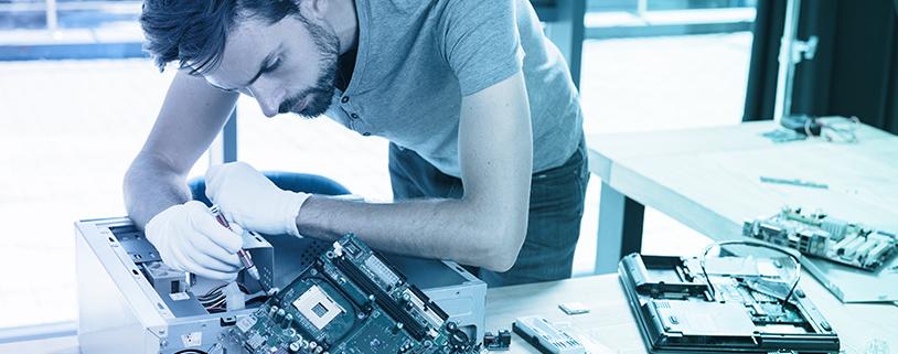 Sensational Desktop Engineer Desktop Support Engineer Field Engineer Home Interior And Landscaping Dextoversignezvosmurscom