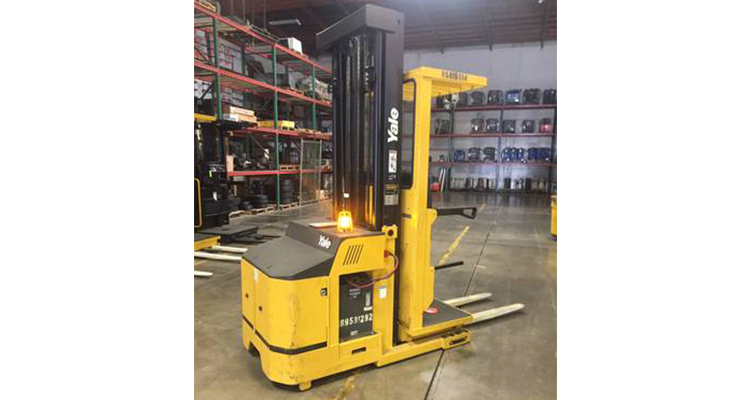 Yale OS030EFN24TE105 Used Forklift