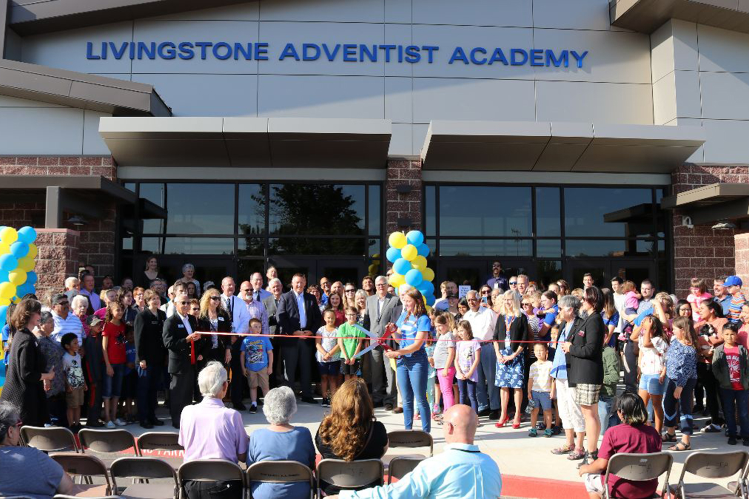 Livingstone Opens New School Building