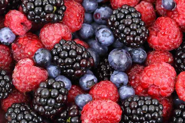 Antioxidant foods can help psoriasis and eczema.