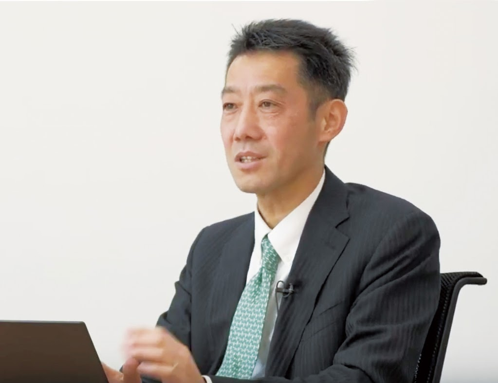 Mr. Mitsuyoshi Otani, Work Style Evangelist, General Manager, Product Planning Department, Planning Division, Commercial Division, Lenovo Japan