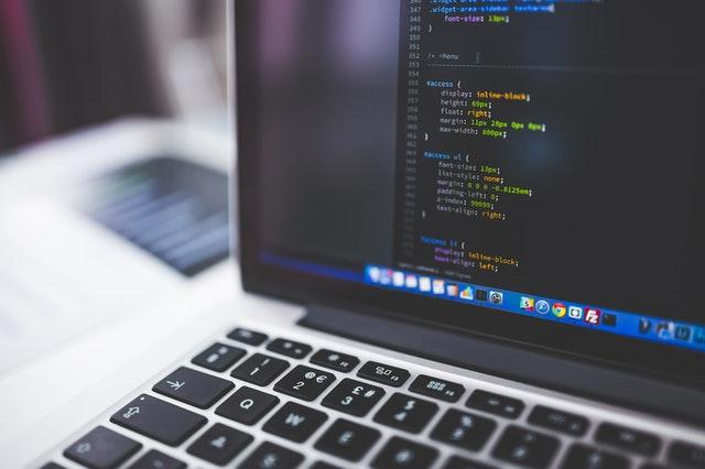 website code on laptop