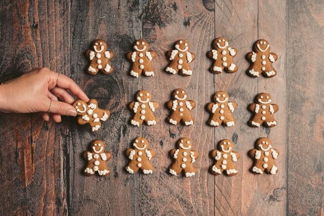batch of gingerbread man cookies