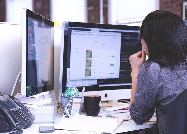 non-techie woman designing website