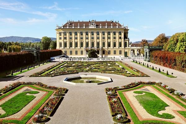Schoenbrunn Palaca