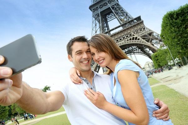 Eiffel Tower Selfie