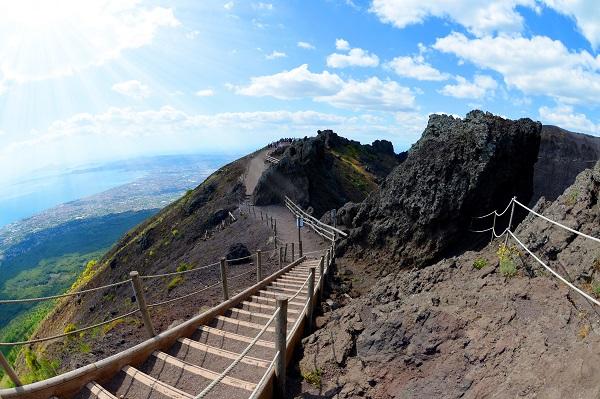 Vesuvius Path
