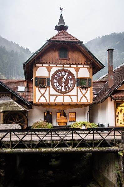 Worlds Largest Cuckoo Clock Triberg