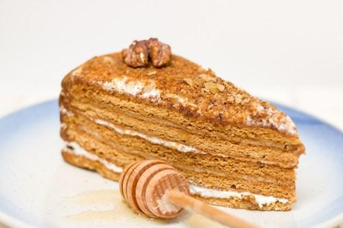 Medovnik Honey Cake