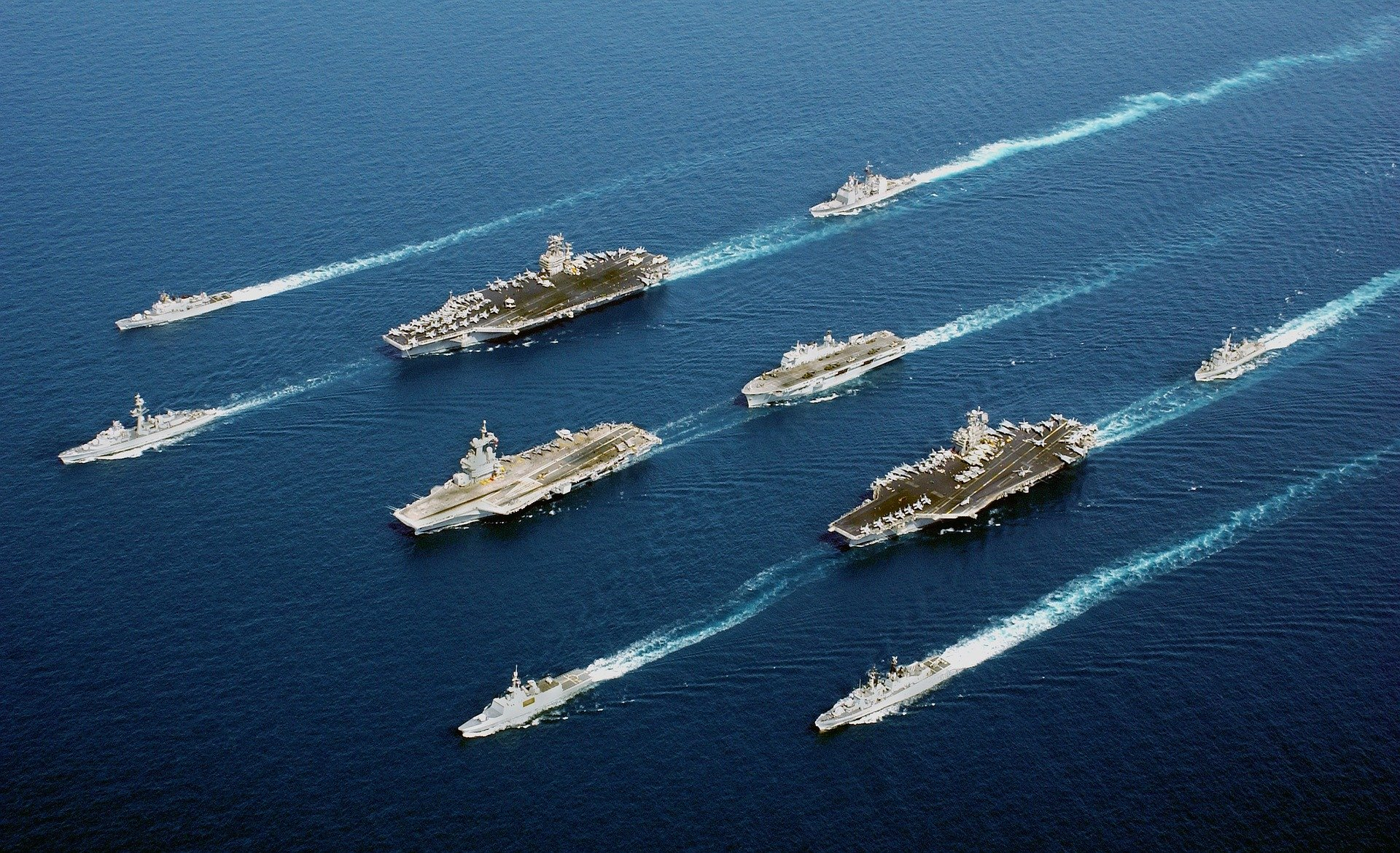 www.diplomaticourier.com