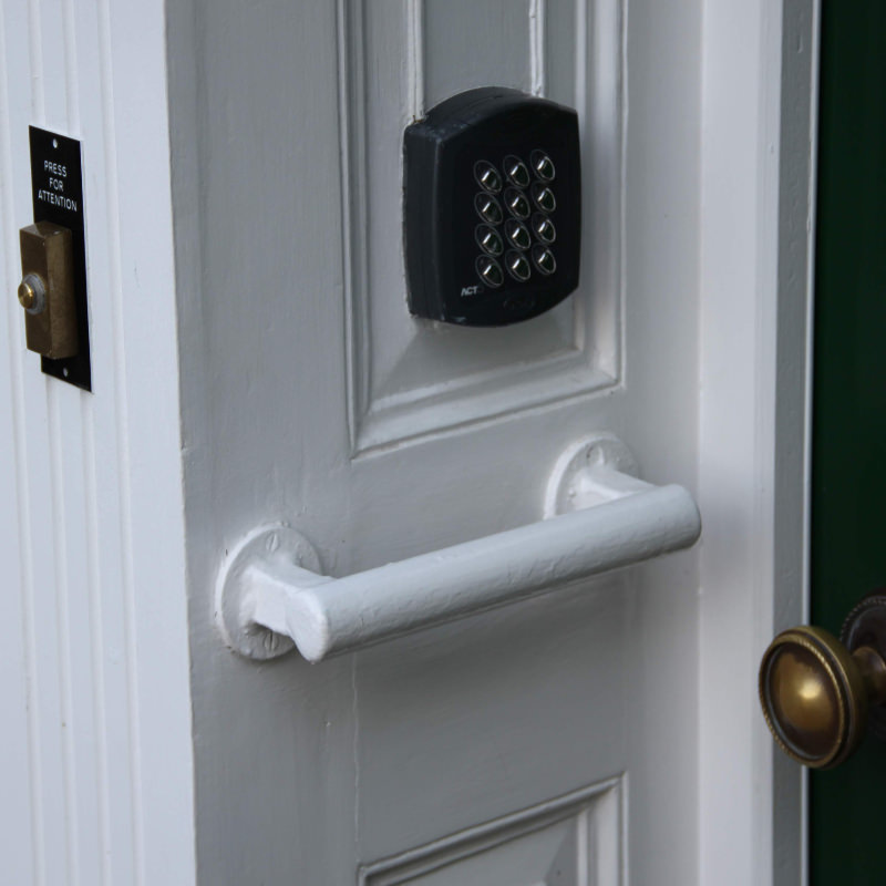 Self Contained Door Access Control Systems