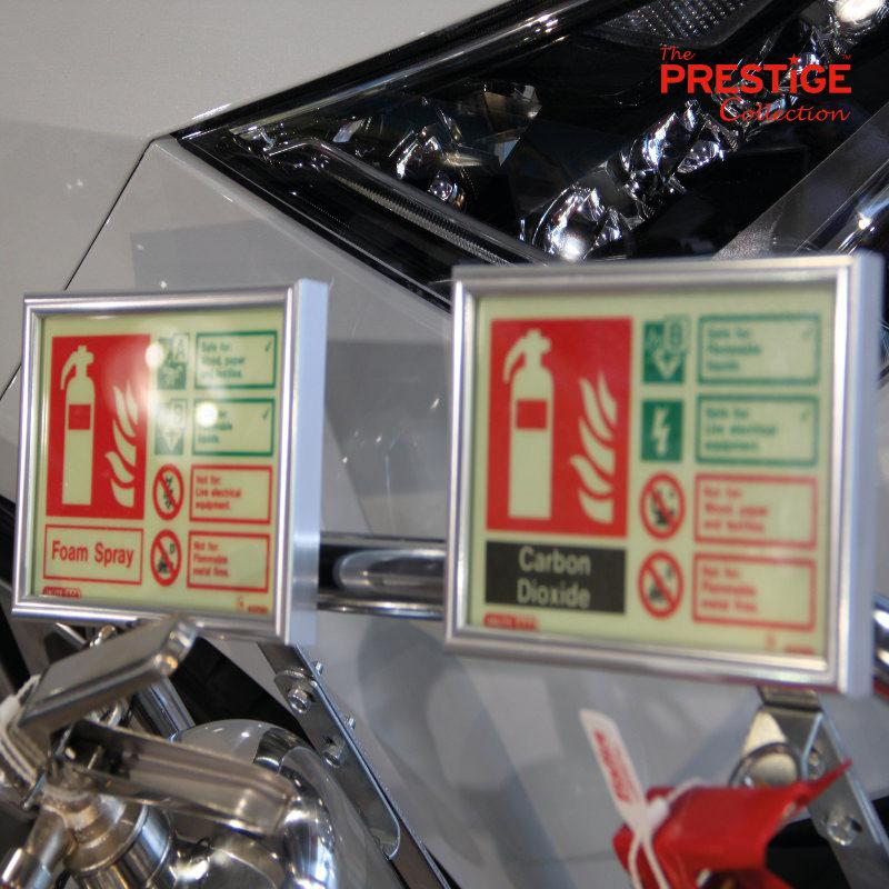 Prestige Stand Clip Signs