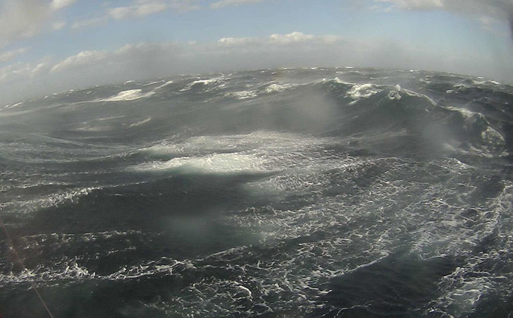 Saildrone captures waves in the Southern Ocean