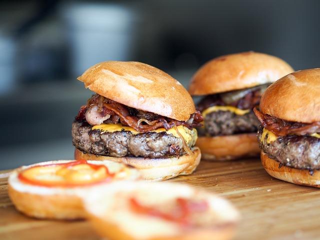 bacon cheeseburgers