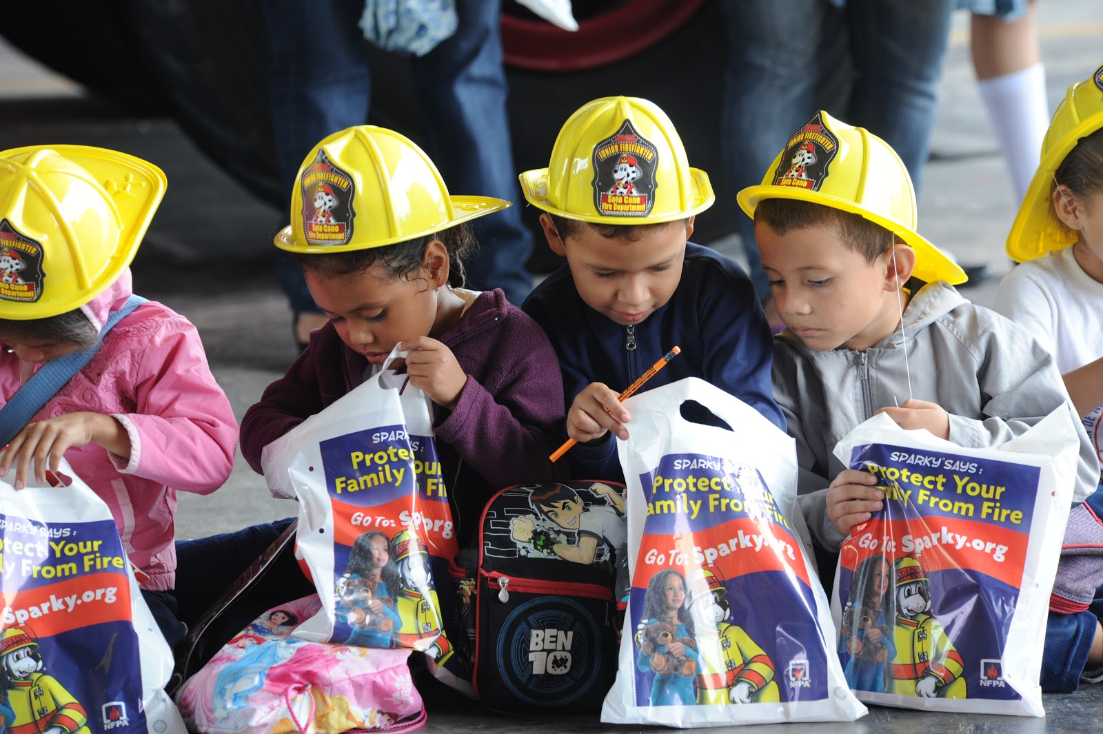 kids on a field trip to a local fire station