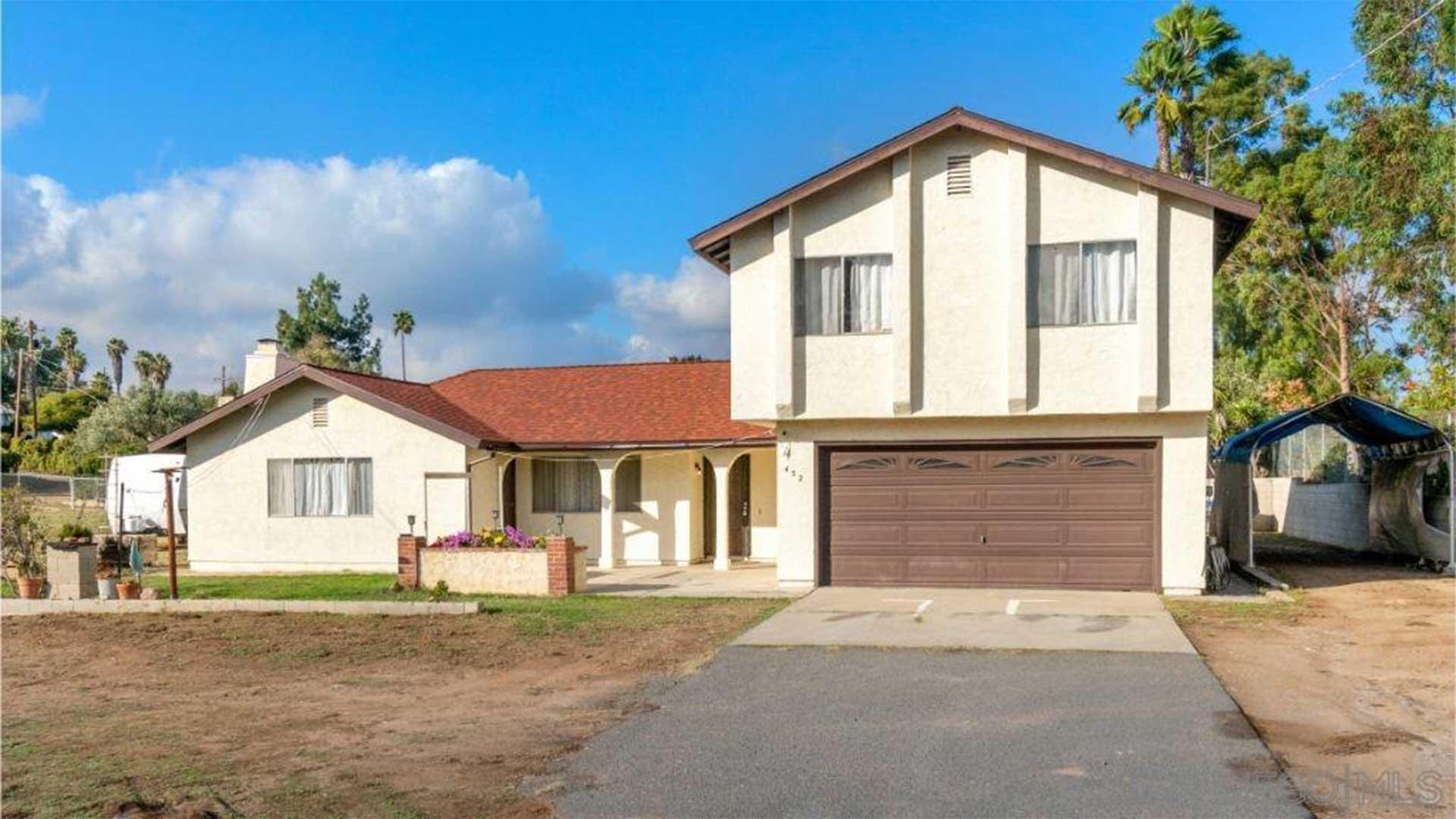 452 Barsby St. Vista, CA 92084
