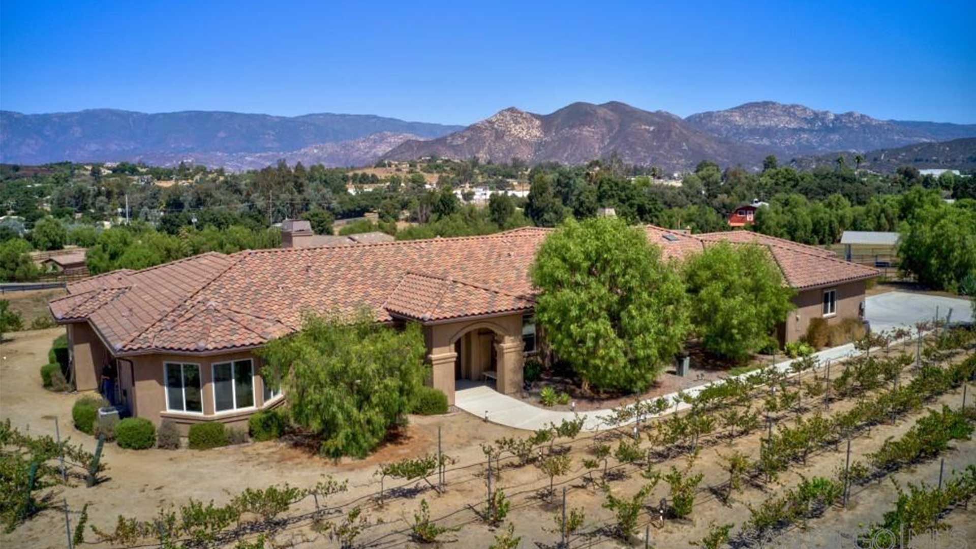 30848 Hilltop View Ct. Valley Center, CA 92082