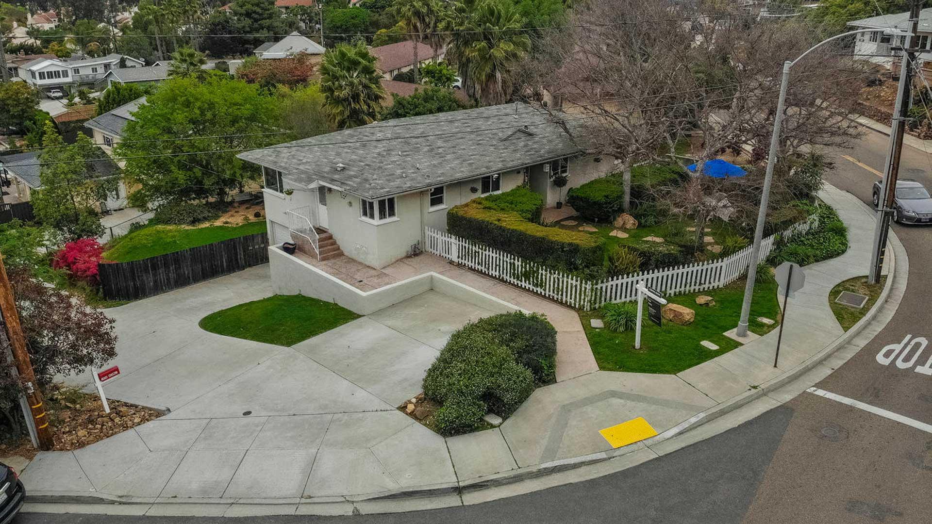 7960 Normal Ave. La Mesa San Diego, CA 91941