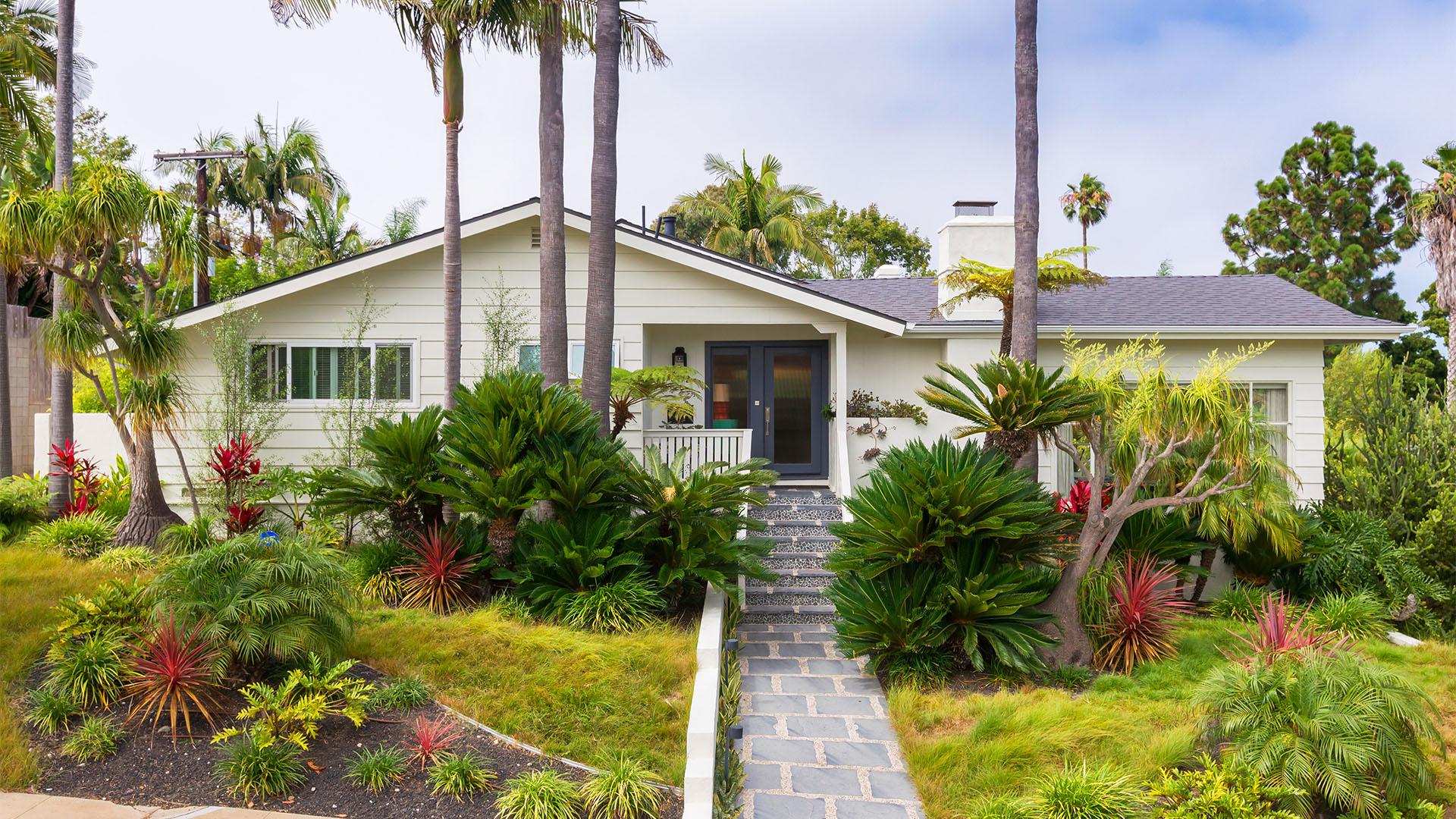 4172 Hill St. San Diego, CA 92107