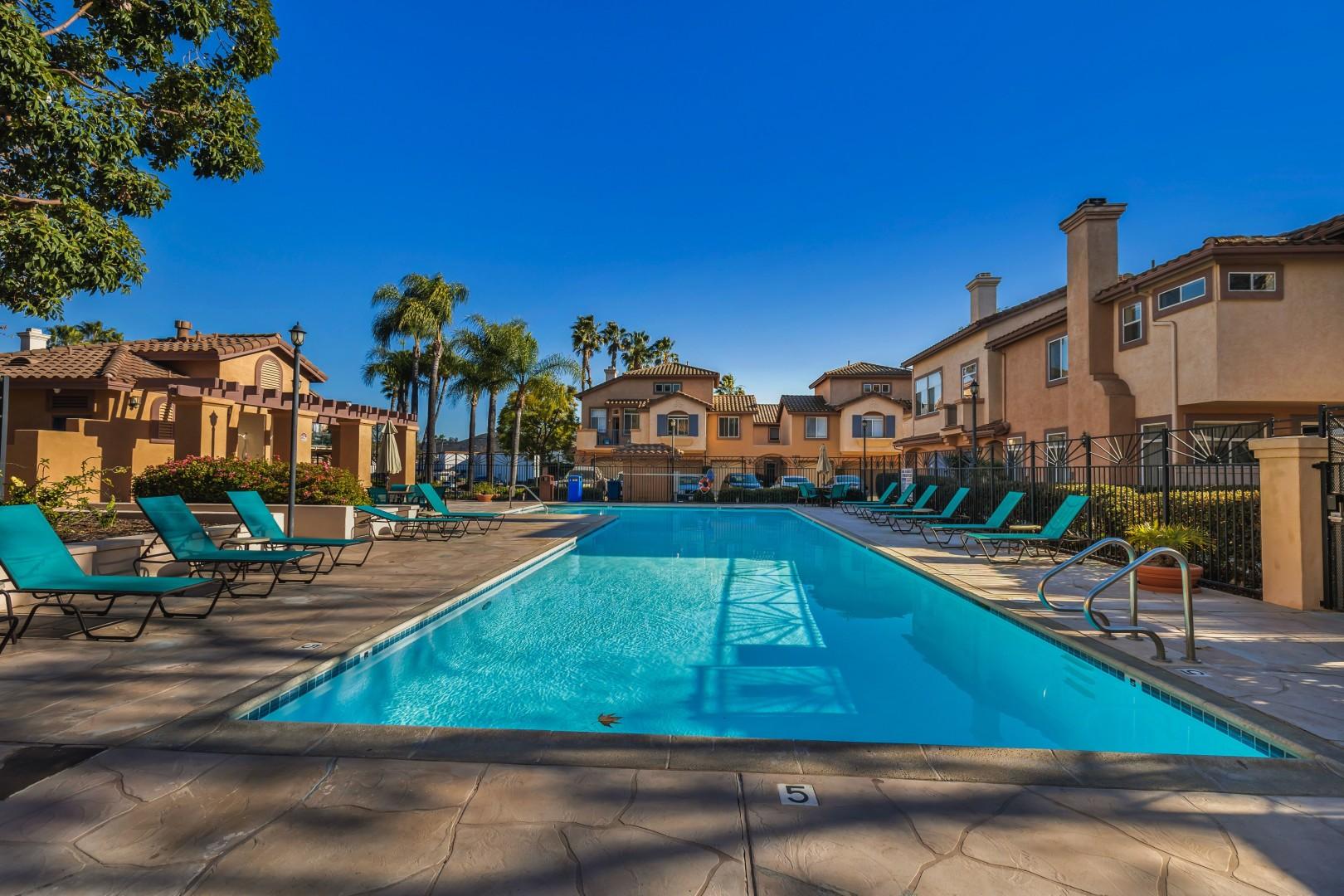 11350 Via Rancho San Diego