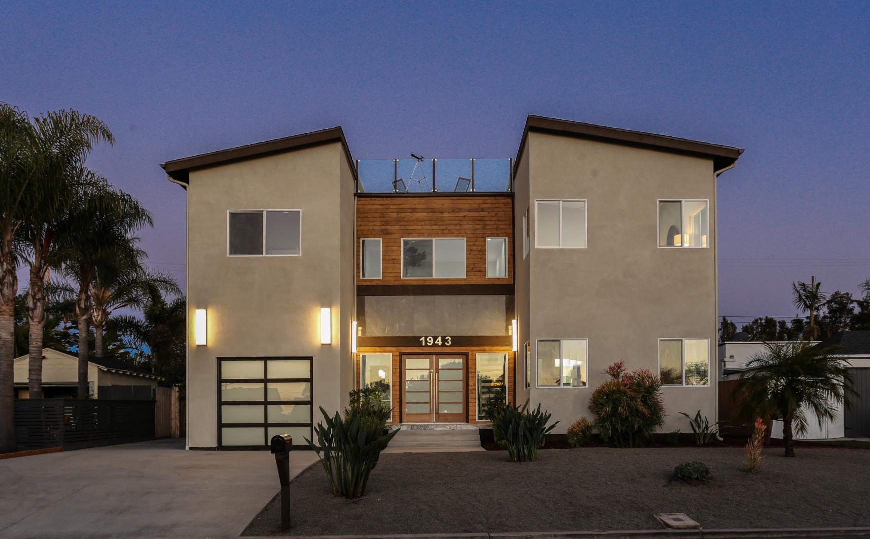 1943 Goldfield St San Diego, CA 92110