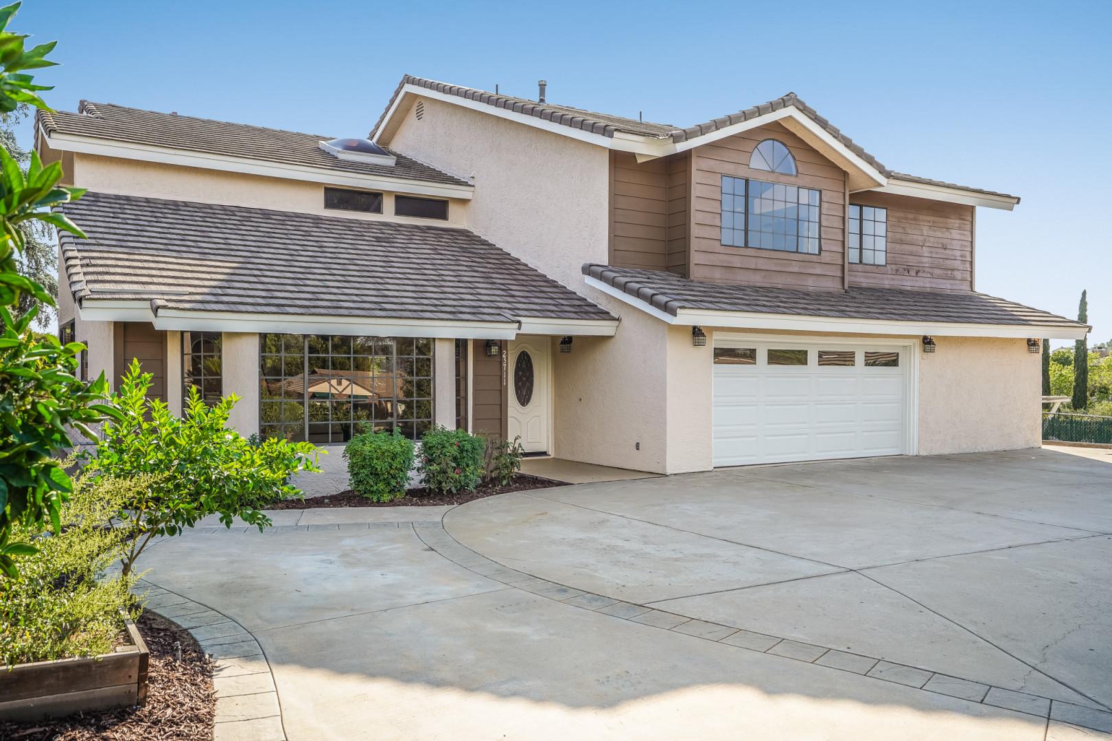 23711 Moonglow Ct, Ramona, California 92065