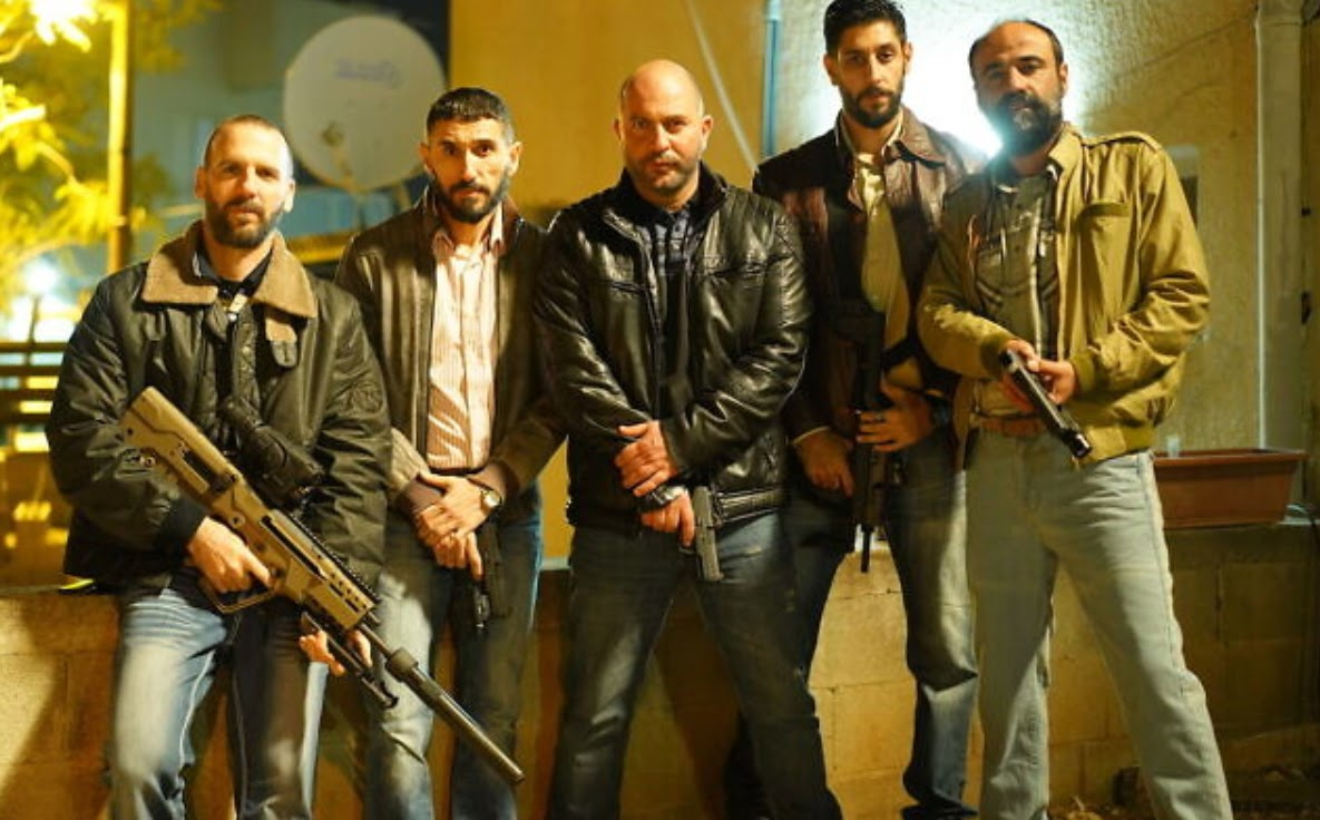 Fauda star and co-writer Lior Raz (center) plays an Israeli unit commander