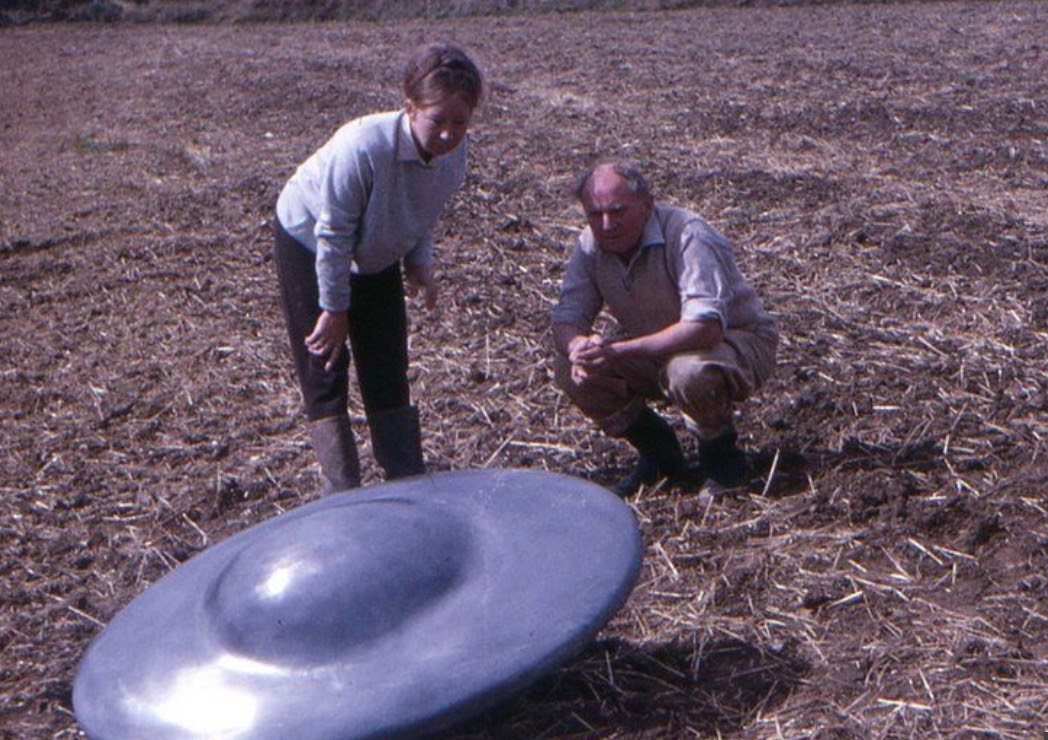 UFOs land in England