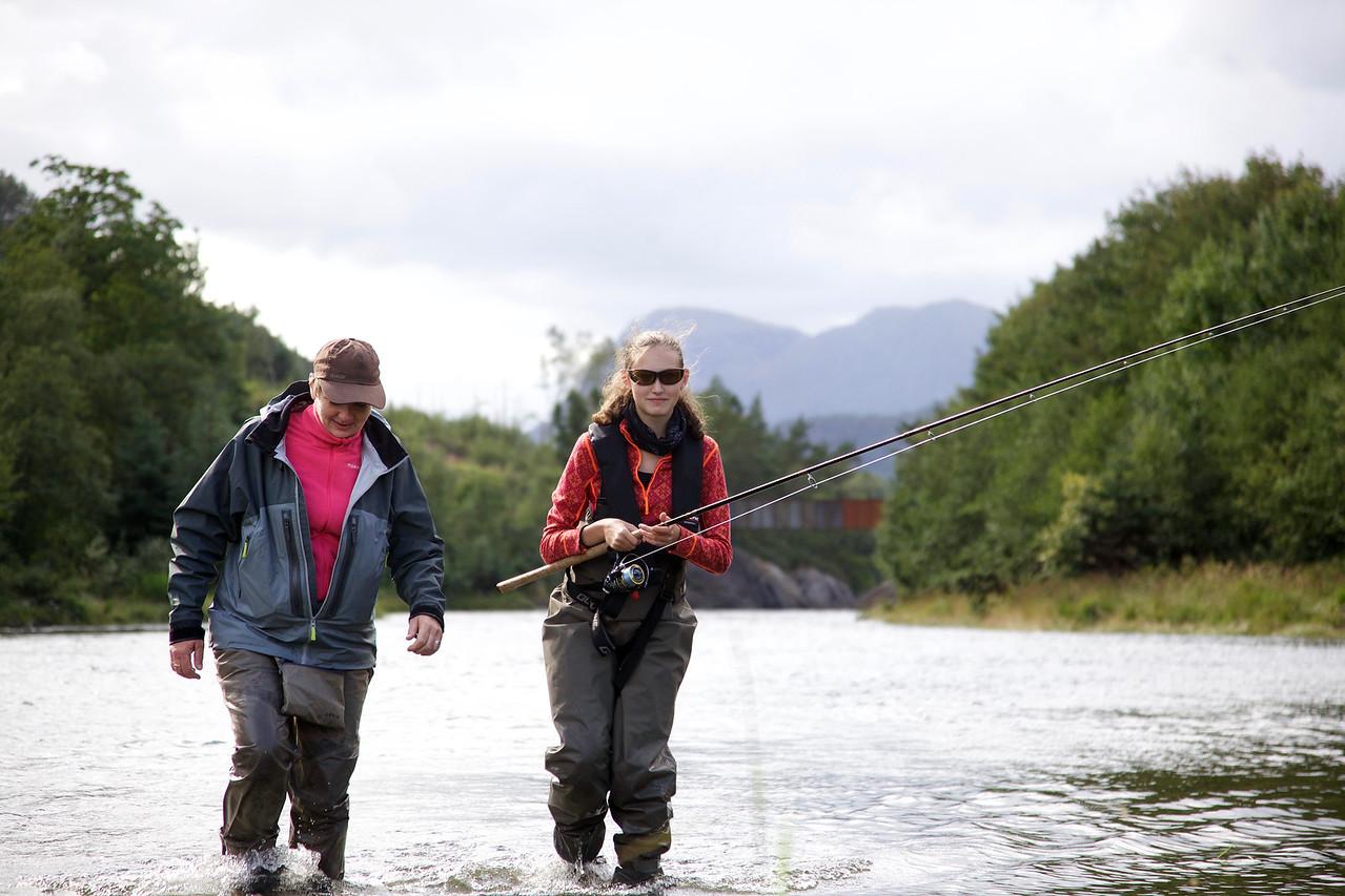 Fiskarar i elva