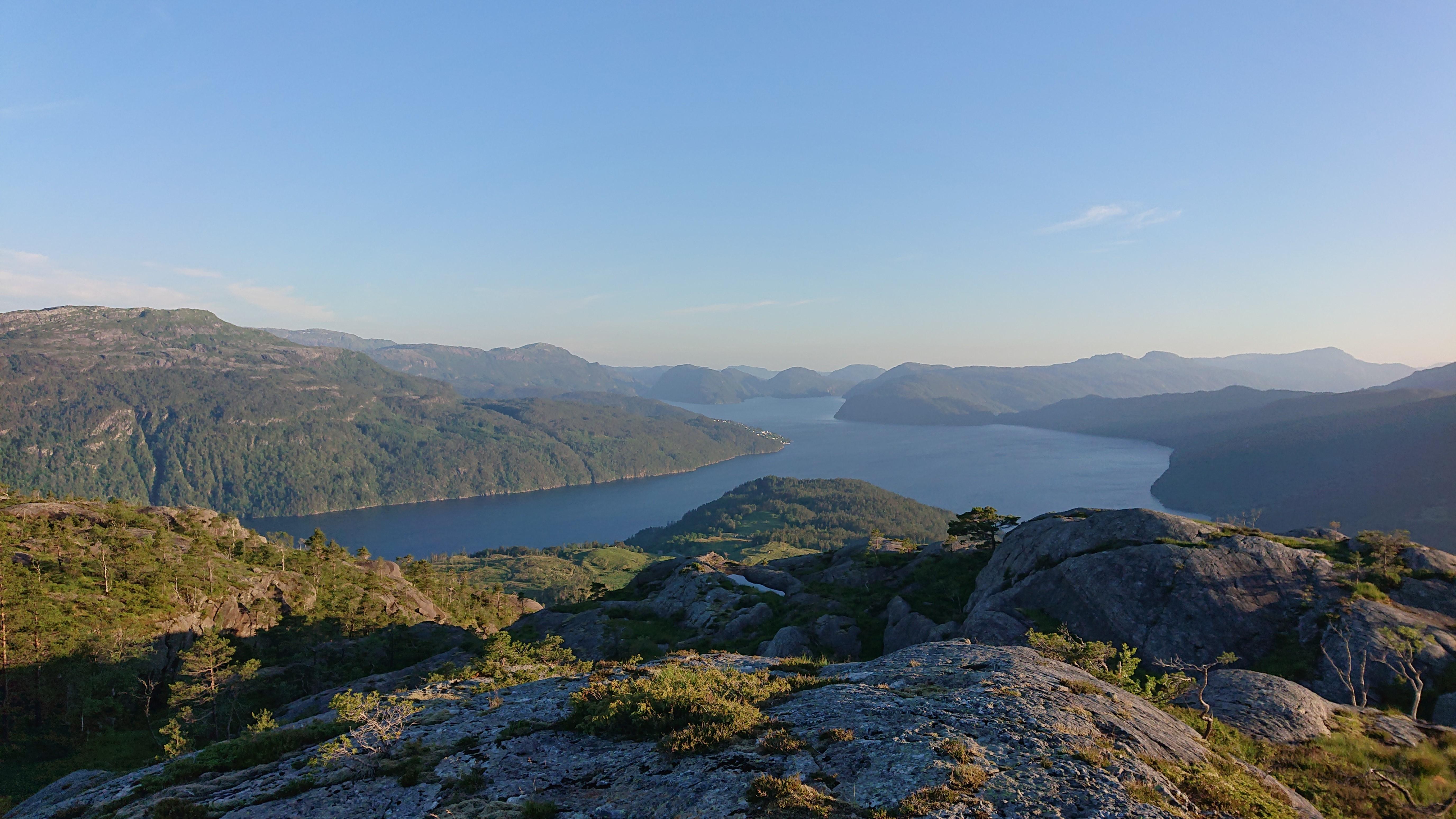 Utsikt fjordlandskap