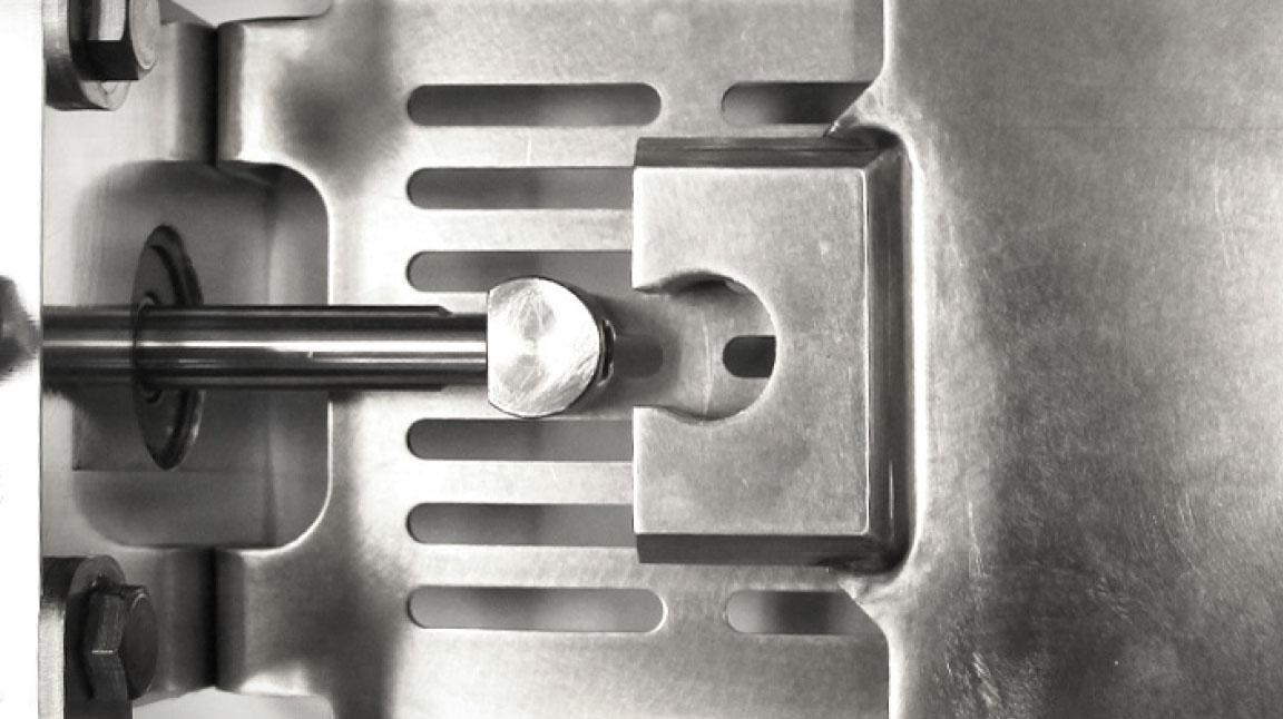 Clevis on the Quick Clean Gate for quick blade removal.