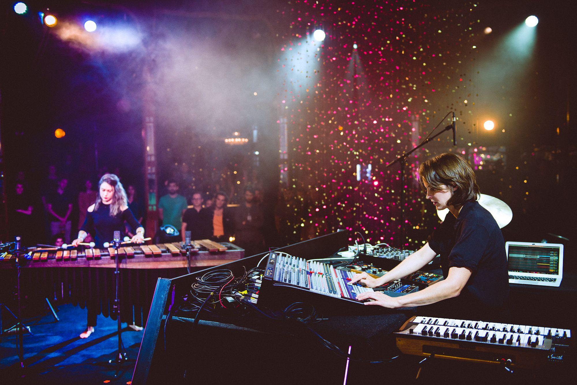 Vassilena Serafimova & Chloé: Sequenza Live