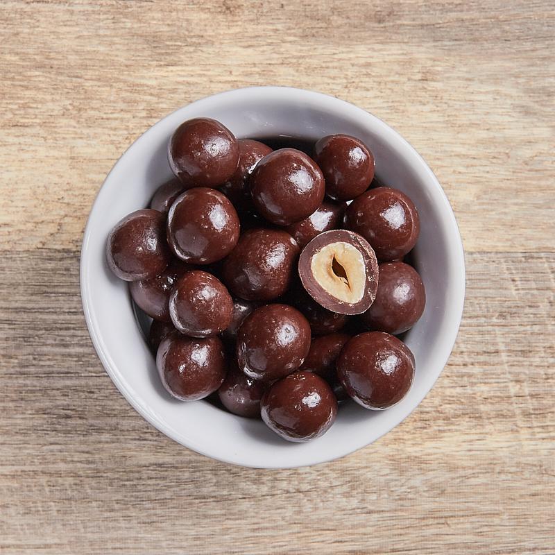 Dark Choc Hazelnuts Org 4kg