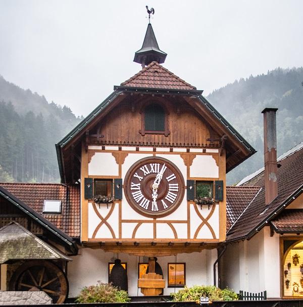 World's Largest Cuckoo Clock