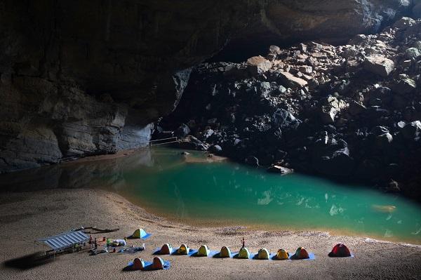 Hang Son Doong Cave Vietnam